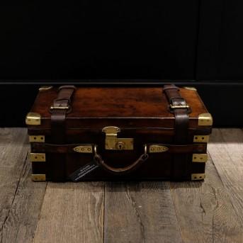 Altes Muster Koffer