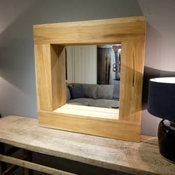 Spiegel in Houtenframe