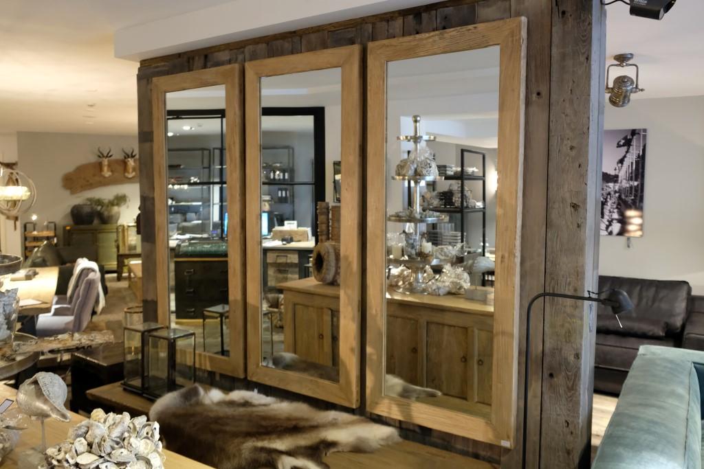 Spiegel in Houten Frame