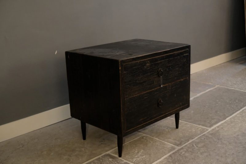 Black Chest of Drawers